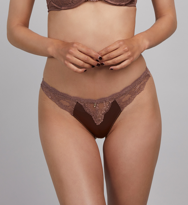 Charade Vivienne String other Choko Mousse