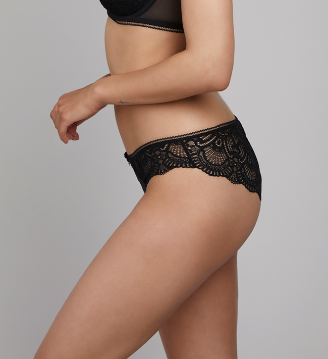 Charade Claire Cheeky other Black